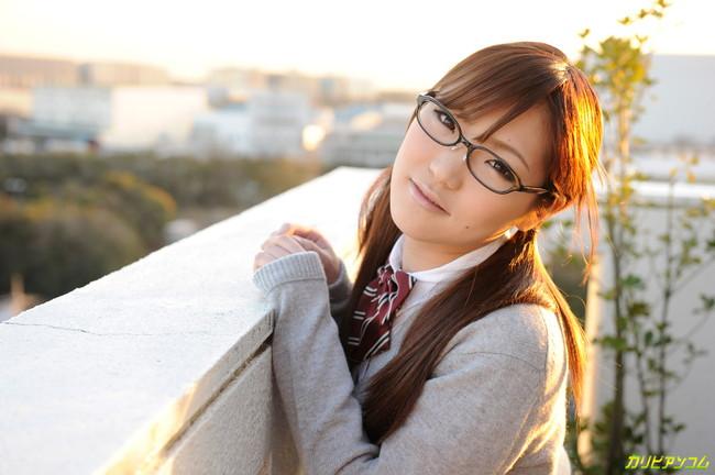 【ヌード画像】メガネ美女の知的さ抜群のヌード画像(30枚) 02