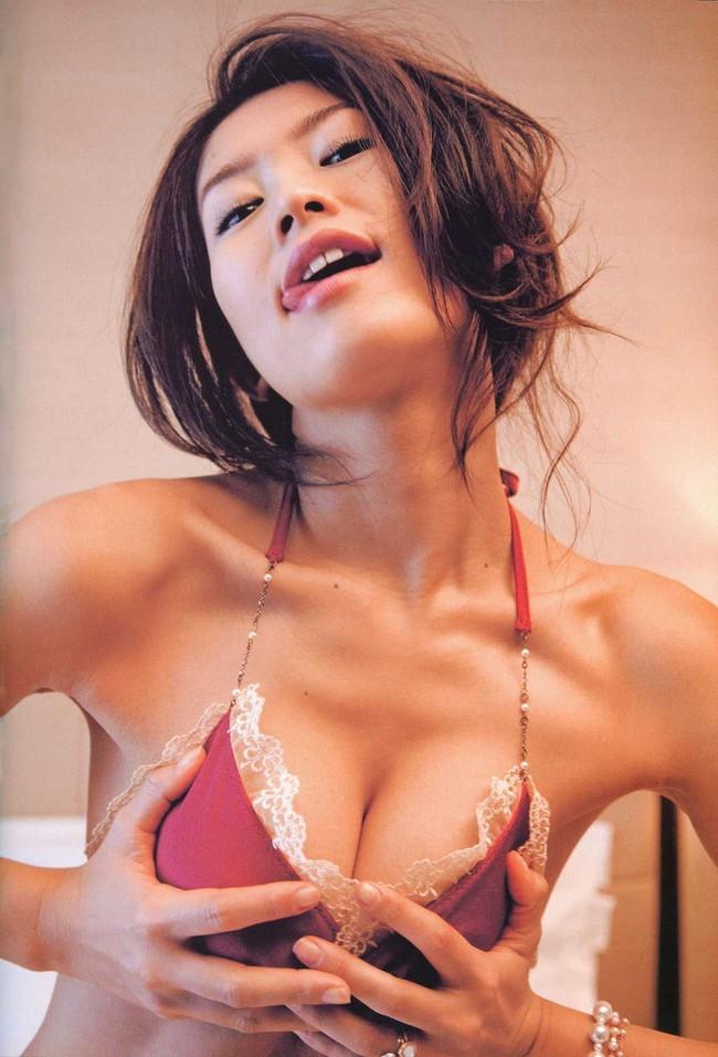 【ヌード画像】伝説級のグラビアアイドル!森下千里のセクシー画像(30枚) 05