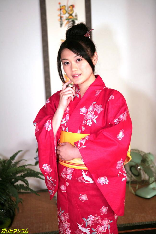 【ヌード画像】中島京子の大人の色香が漂うヌード画像(40枚) 32
