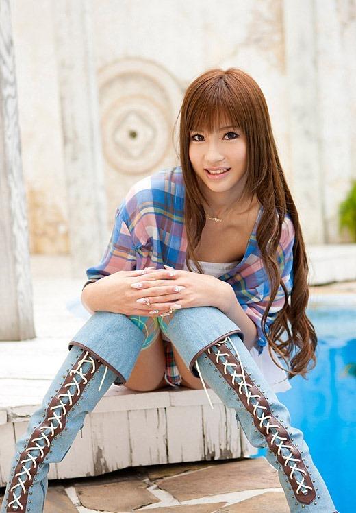 【ヌード画像】安城アンナの美脚スレンダーボディが魅力的すぎるw(33枚) 03