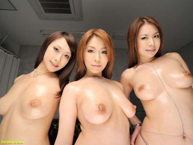 【ヌード画像】巨乳痴女たちの絶品ボディヌード画像(31枚) 27
