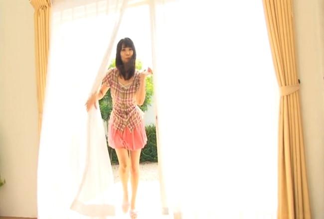 【ヌード画像】自由奔放な琴南るねの小動物系セクシー画像(31枚) 01