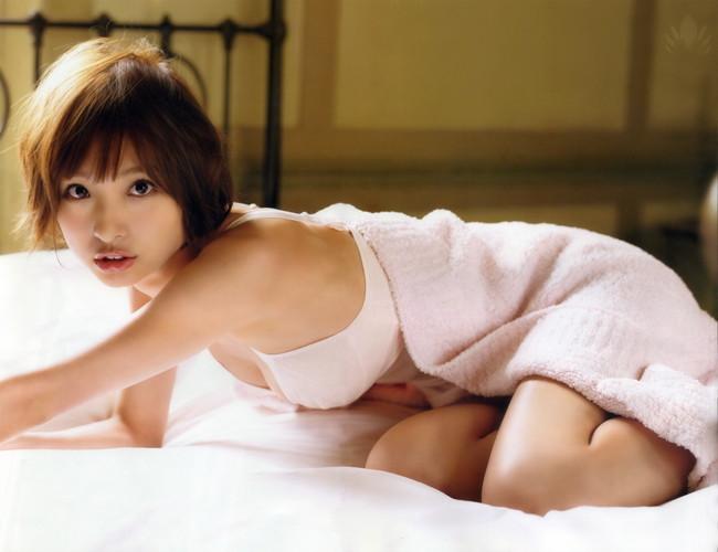【ヌード画像】AKB卒業生、篠田麻里子のスレンダーなセクシーグラビア画像(30枚) 24