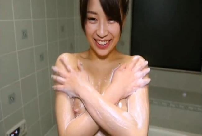 【ヌード画像】宮地藍の笑顔が魅力的で愛らしいw(35枚) 28