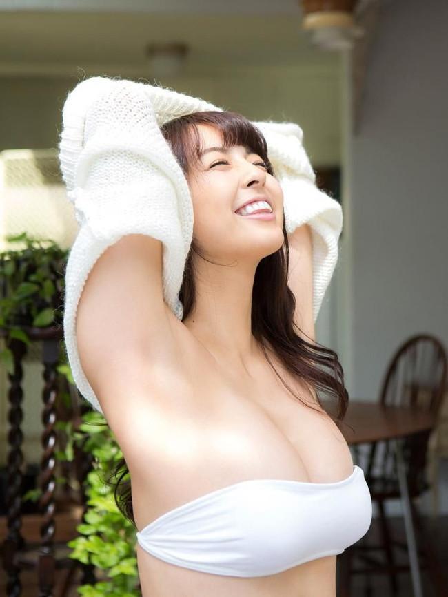 【ヌード画像】柳ゆり菜のムチムチボディなセクシー画像(30枚) 22