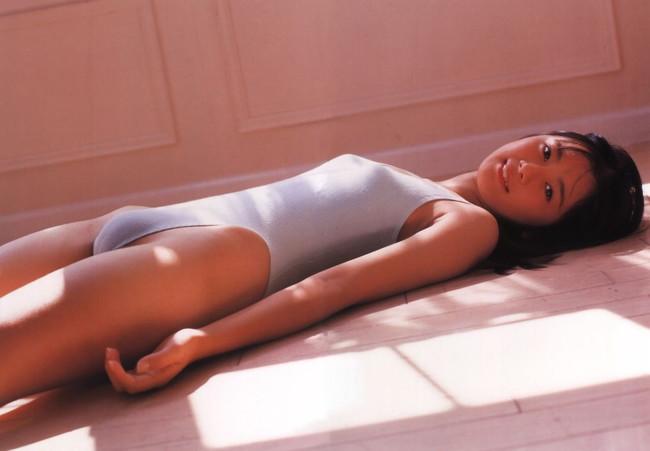 【ヌード画像】モリマンの描く芸術的なアールがエロすぎて枯渇寸前にされる最強画像集!全てのモリマン好きに捧げます!(50枚) 15