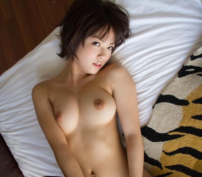 【ヌード画像】必ず野郎に訪れる「ショートカットの娘が超好きになる瞬間」・・のためにショートカットの娘のエロ画像を集めてみました(50枚) 10