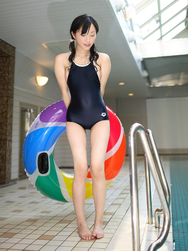 【ヌード画像】ビキニよりもTバックよりも断然エロい水着、それが競泳水着。血が止まるほどピッチピチのエロい競泳水着画像集(50枚) 29