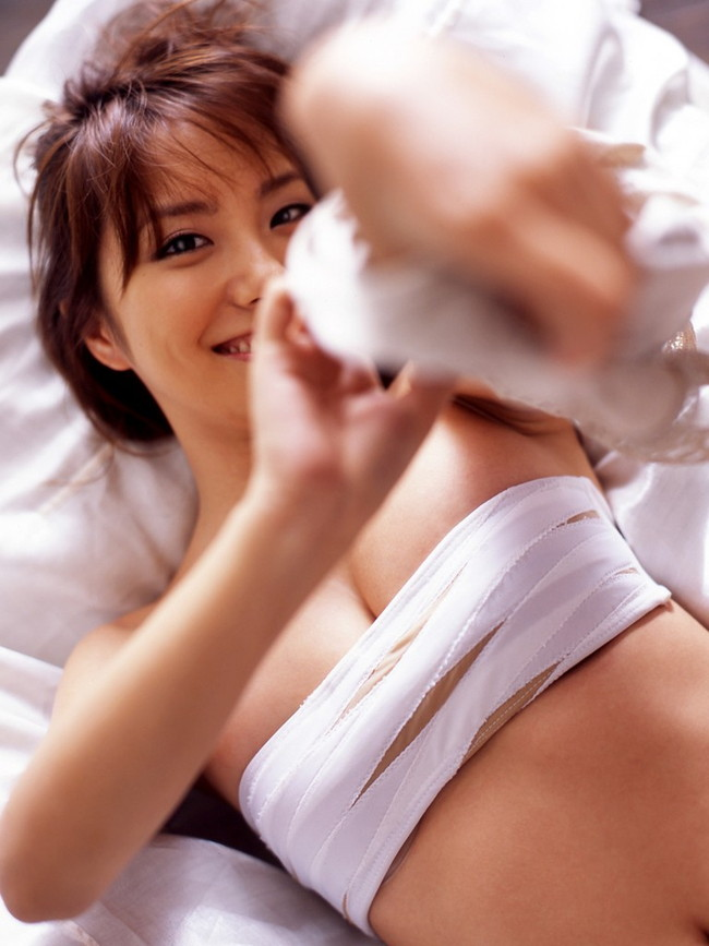 【ヌード画像】包帯巻いてるヌード画像って得も言われぬエロさがあるよね!どう見てもケガ関係なく包帯巻いてるエロ画像集(50枚) 45