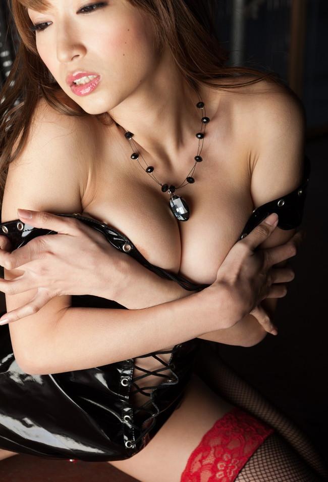 【ヌード画像】ボンテージなんてそんなに好きじゃないという輩は一度コレみてヌいとけ!想像以上にエロくなった最新ボンテージ画像(50枚) 26