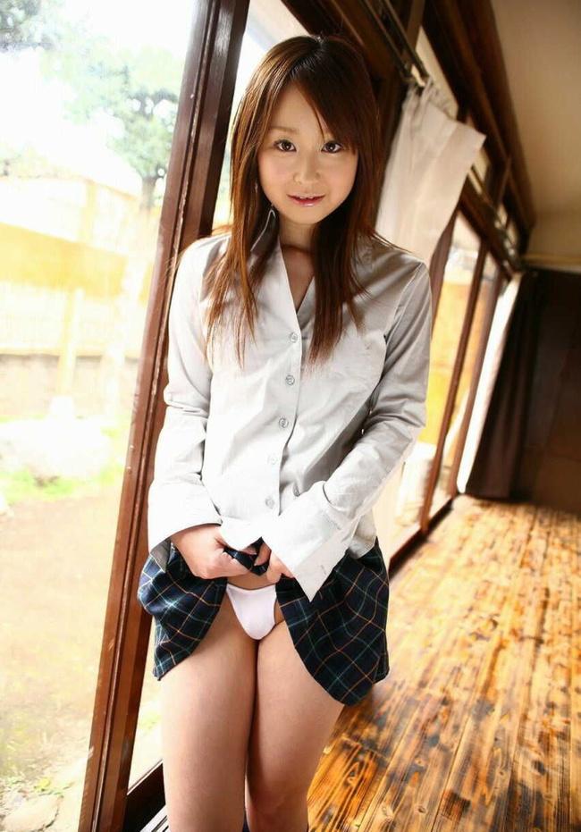 【ヌード画像】美少女JKが制服からチラ見せしてくれている画像まとめ(30枚) 07