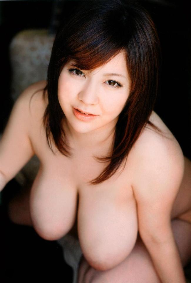 【ヌード画像】たわわな巨乳から驚愕の爆乳まで、でかいおっぱい画像(31枚) 18
