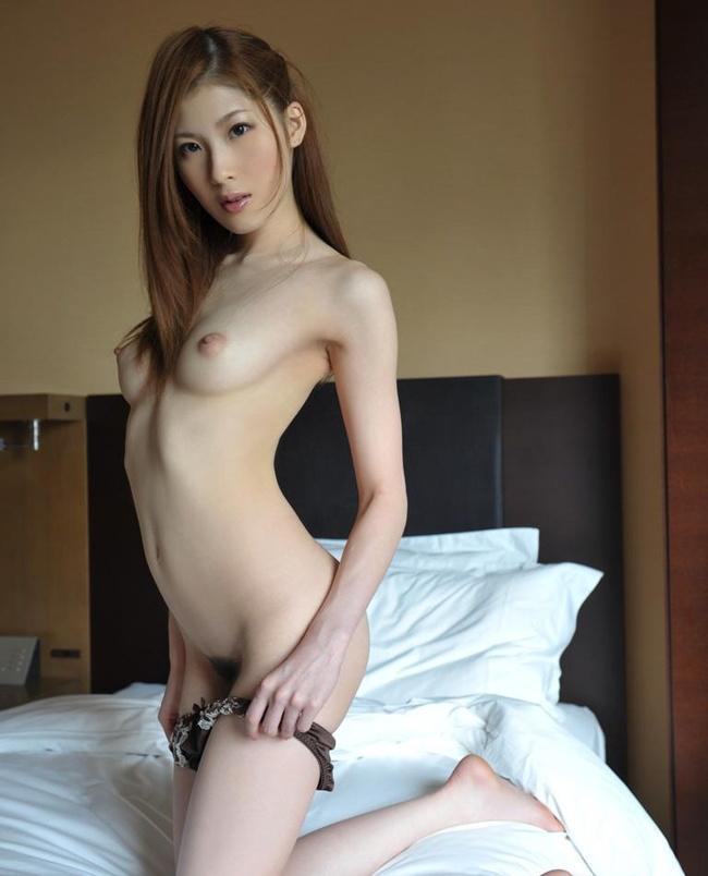 【ヌード画像】敏感そうな貧乳ちっぱいガールまとめ(30枚) 05
