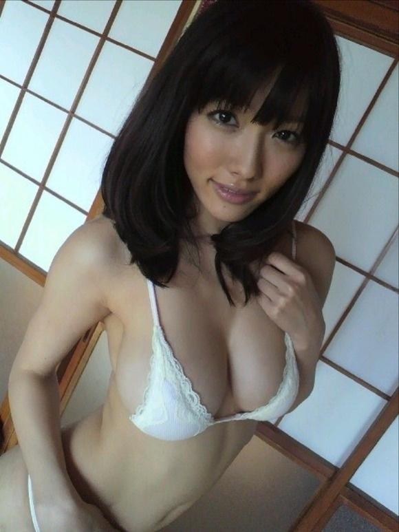 【ヌード画像】Fカップの人気グラドル今野杏南ちゃんの水着画像(30枚) 04