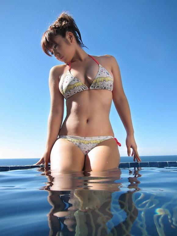 【ヌード画像】ムチムチ界のプリンセス・磯山さやかのムッチリ水着(41枚) 39