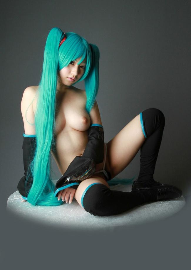 【ヌード画像】エロコスプレイヤーの着衣ヌード画像(31枚) 17