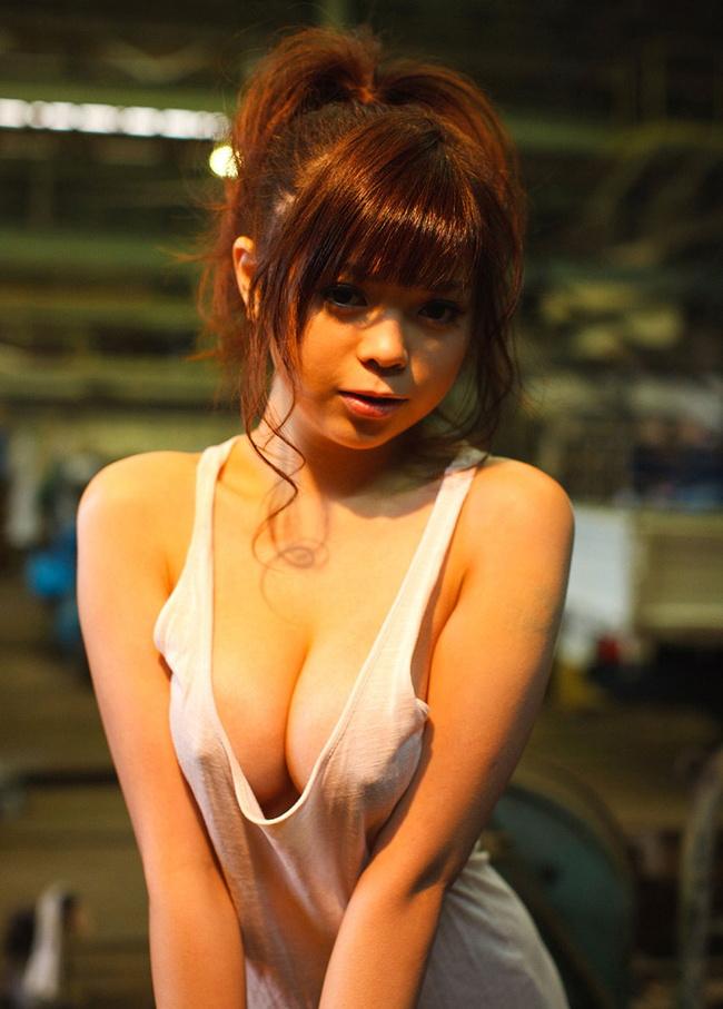 【ヌード画像】上半身が透けて乳首が見えているおっぱい(30枚) 02