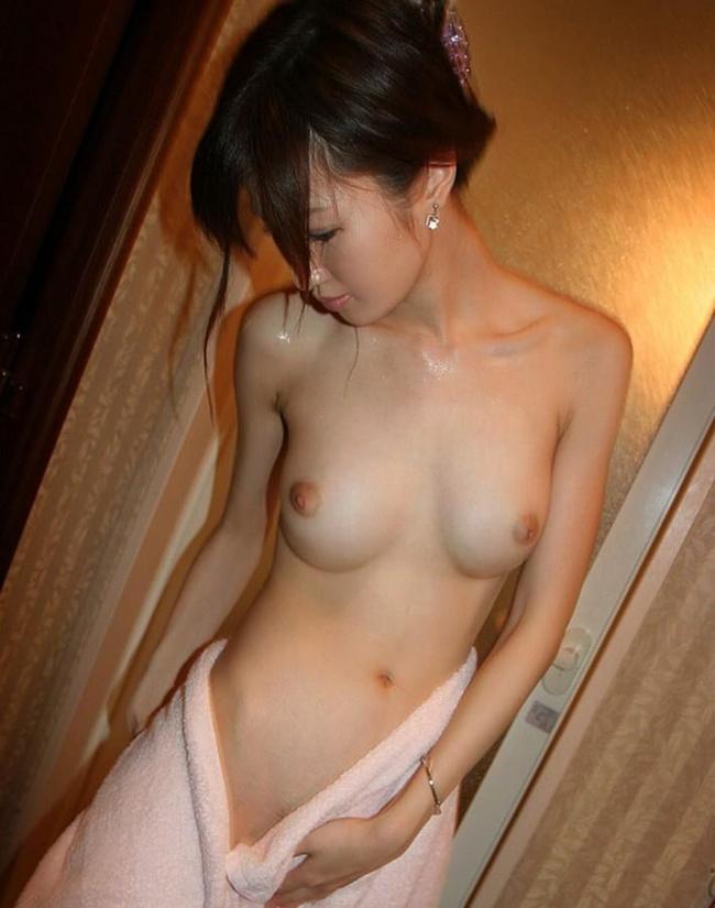 【ヌード画像】風呂上がりの最終防衛ライン・バスタオル(30枚) 12