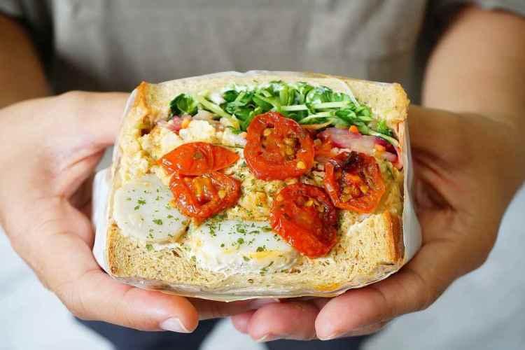 【台北中山早午餐】方方サンドイッチ || 超佛心爆料冷吐司三明治
