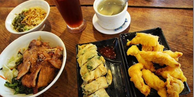 宜蘭頭城。美食|【老街懷舊食堂】宜蘭在地三寶 卜肉、糕渣、蔥油餅~