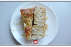 《親子廚房》從做麵包學習耐心。蜂蜜迷迭香佛卡夏