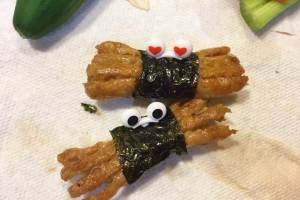 萬聖節蜘蛛(螃蟹?)-海苔小熱狗Halloween Themed Recipes: Spider Sausages