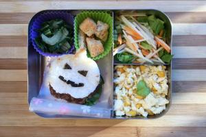 【便當日記】#27萬聖節薑汁燒肉米堡Bento #27 Halloween Rice Burgers