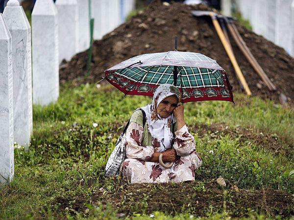 Srebrenica mother