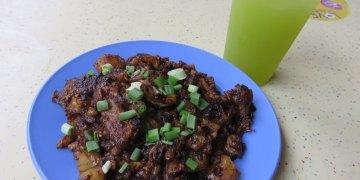 《新加坡》中峇魯市場 Tiong Bahru Market 菜頭粿配釀豆腐