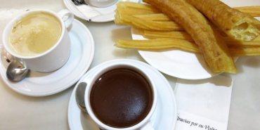 《Madrid Chocolatería San Ginés》go for history