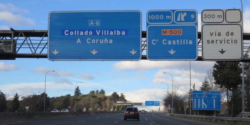 《西班牙租車》歐洲自駕開車停車加油規則 省錢攻略租車加油看指標