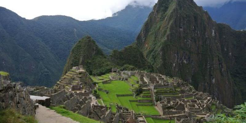 《南美》祕魯。庫斯科。印加古道兩天一夜。讓我們朝馬比丘前進吧!!! (1st Day下)