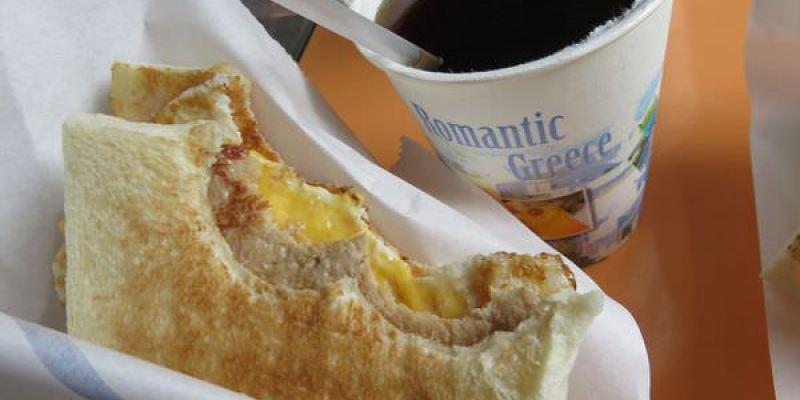 《台北》可蜜達炭烤吐司 Comida。三明治完美比例 鬼椒嚇到你噴淚