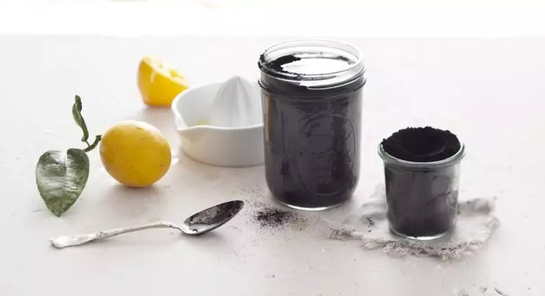 Charcoal: A New Way to Detox