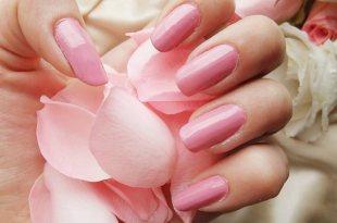 essie指甲油試色(色號677)古典玫瑰粉