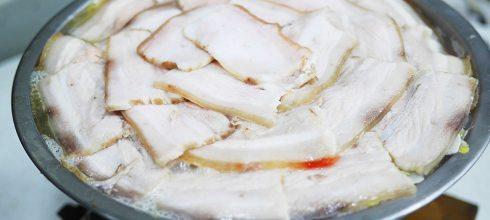 味蕾最愛你:老趙傳統麵食館(酸菜白肉鍋,獅子頭火鍋,台中美食清泉崗)