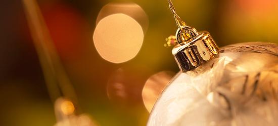 ornament-gold.jpg