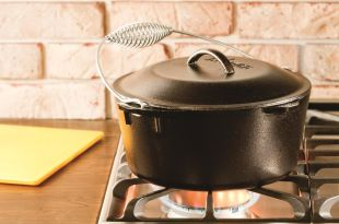 Lodge L8DO3 Cast Iron Dutch Oven, Pre-Seasoned, 5-Quart