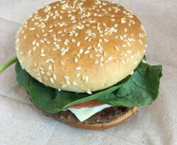 Winsome New Sriracha Mac Sauce From Can Be Applied To Burger Grilled Ken Or Fried Washington New Burger Is An Aging Cry Mcdonald S New Sandwiches Review Mcdonald S New Sandwich Menu