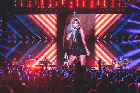 Taylor Swift Wows Austin Crowd at Her Only 2016 Concert