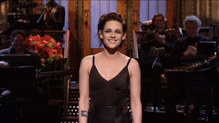 'Saturday Night Live' Monologue: Kristen Stewart Drops F-Bomb, Calls Herself 'So Gay'