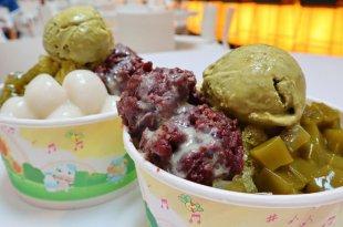 「6家桃園少女系甜點飲料」抹茶冰料多到快滿出來,櫻花珍奶有真的櫻花!