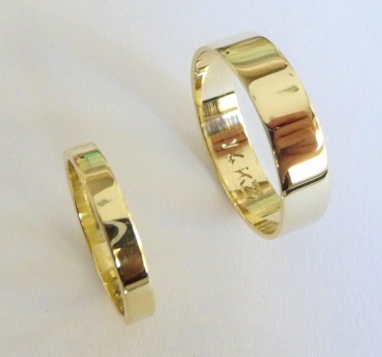 wedding band set 14k gold wedding rings women wedding band women men gold wedding bands flat shiny zoom
