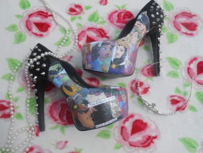 Disney Villains Decoupage Glitter Story Book Heels