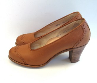 Vintage 1944 Ochre Leather Shoes - 6