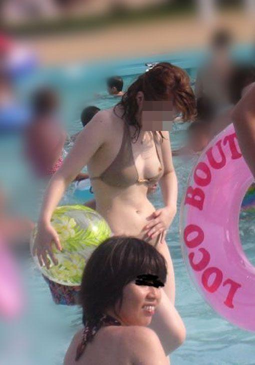 のハプニング画像】夏は暑くて気が緩む女性たちww  17