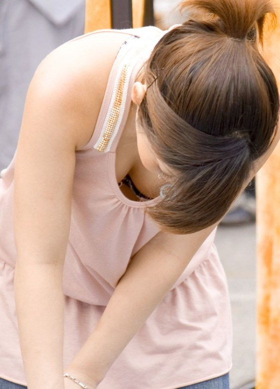 【女の子エロ画像】女の子たちの谷間パラダイス「ハプニング」画像集めてみましたww