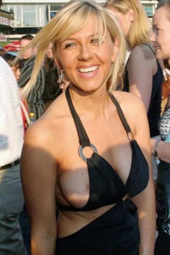 【エロ画像】海外の女性たちの日頃よくあるハプニング画像を集めてみました 07