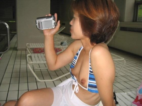 【エロ画像】女性が水着を着て起こすハプニングはなぜエロいのかを知りたくて探した結果を集めてみました 04