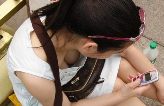 【エロぱんつ画像】おっぱい&パンチラのハプニング画像を集めてみましたww 14